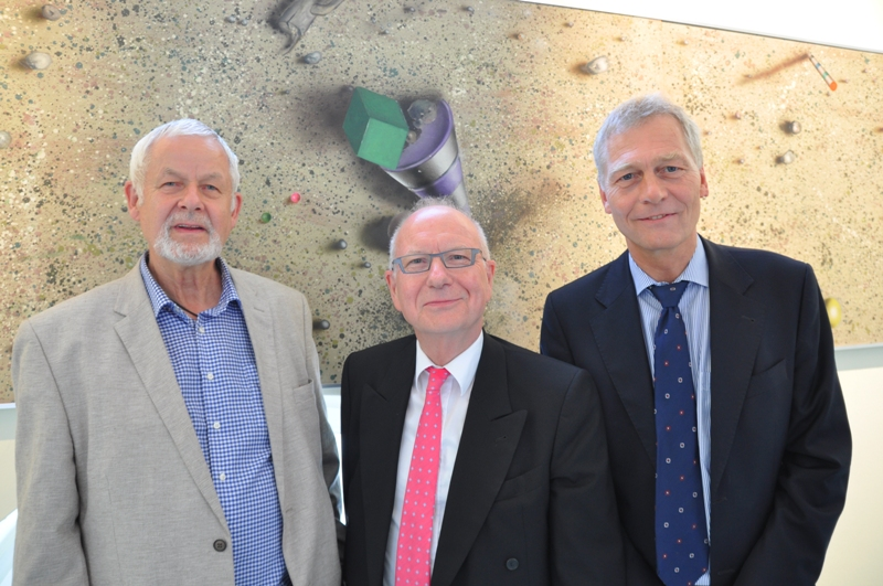 Von links: Prof. Peter Nagel, Prof. Heinz Lohmann, Dr. Klaus Schmolling / Foto: Asklepios